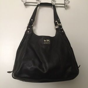 Authentic classic coach bag multiple compartments